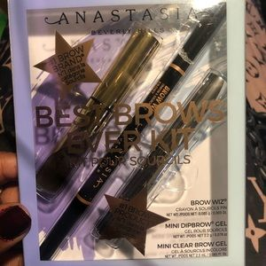 Anastasia Beverly Hills Makeup - Anastasia Beverly hills best brows ever kit